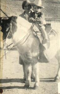 anna don on horse